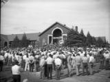 Supporters turnout to hear governor candidate Eugene Talmadge speak, 1946