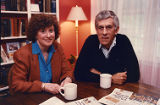 Author Paul Hemphill with wife Susan Percy in their home, 1991