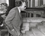Defense attorney Alvin Binder enters the courthouse during the murder trial of Wayne Williams, 1982