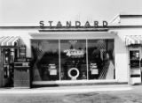 Standard Oil Company store, Atlanta, Georgia, March 9, 1954.